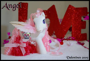 Angel- a Gothic V-Day Pony by wylf