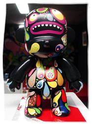 Black Qee Monkey Custom 2 by Tan-Ki