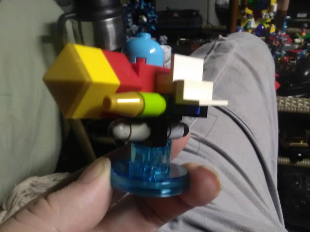 Lego gummi ship by sheilded-key