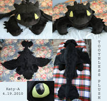 Toothless Plush by Katy-A