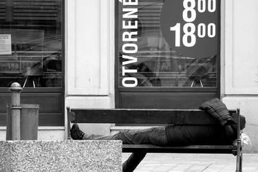 :: a nap by noahsamuelmosko