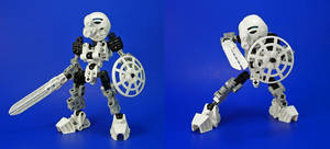 Bionicle - Kopaka Revamp - Classic by Lalam24