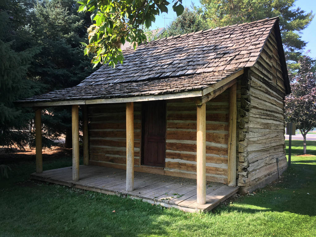 log cabin 3 by yellowicous-stock