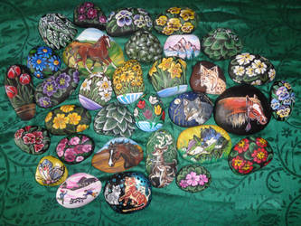 Paintings on rocks SALE! International shipping! by Taski-Guru