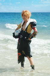 CosPhoto: Tidus + Blitzball by Risachantag