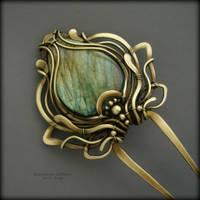 Golden tulip by KL-WireDream