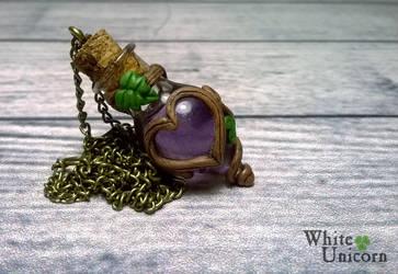 Purple 'potion' necklace by Ilvirin
