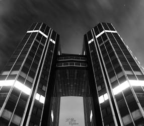 (Night Building) La dfense - Twin Building by LewisRoy