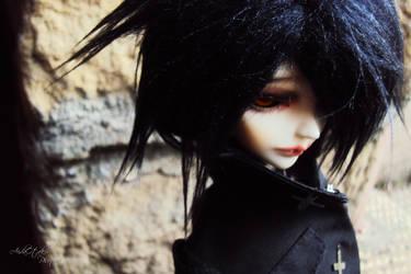 I'm back...? V by AidaOtaku-BJD