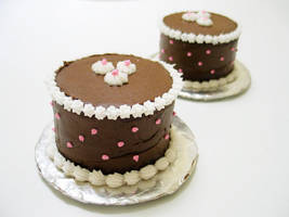 petite chocolate cakes by moonberry