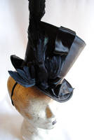 The Flying Crow - Gothic Top Hat by RagDolliesMadhouse