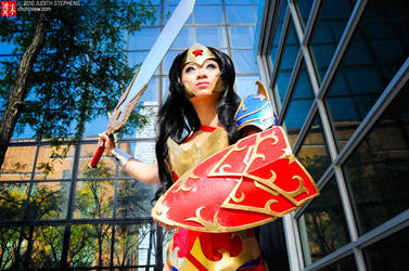 NYCC 10 - AmeComi Wonder Woman by TheDreamerWorld
