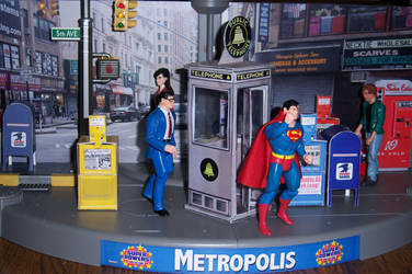 Busy Metropolis Street Scene by WeirdFantasticToys