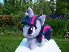 Twilight Sparkle Chibi Pony MLP FIM by happybunny86