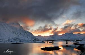 Bridge at dawn by Stridsberg