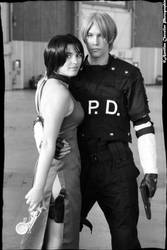 Cosplay Ada Wong and Leon S.Kennedy Japan Expo2014 by jennifer7878