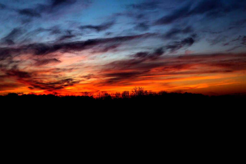 Beautiful colors in the sky by longhairboo