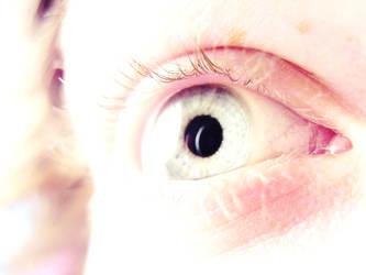 eye by RubenVulpes