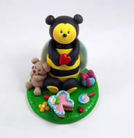 BumbleBee Bday Cake Topper by HeartshapedCreations