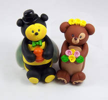 Bear and BumbleBee Cake Topper by HeartshapedCreations