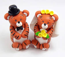Tigers Wedding Cake Topper by HeartshapedCreations