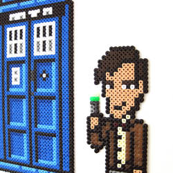Dr Who - 8-Bit - close up by arcade-art