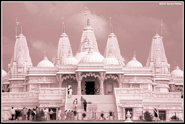 Hindu Temple by invisikitty