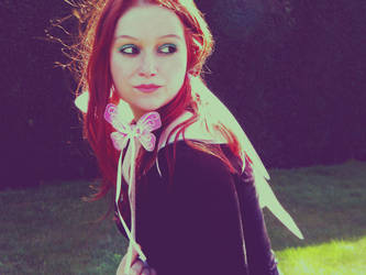 pretty little fairy by LiLa-fLies