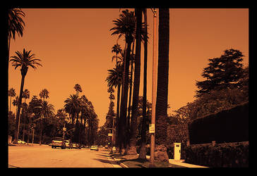 L.A by IzyS