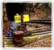 Railroad Tunnel by XpiecemealX