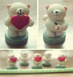 little bear crew by Issssssu