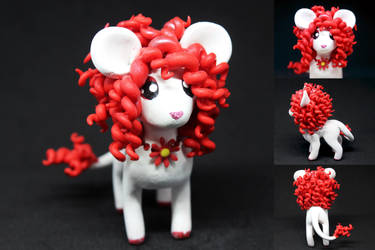 Red Maned Smooshi by SophieXSmith