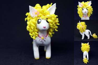 Yellow Maned Smooshi by SophieXSmith