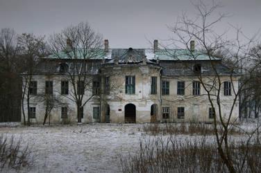 Old Mansion by NightKn8