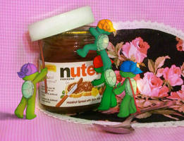 We love Nutella by Colend