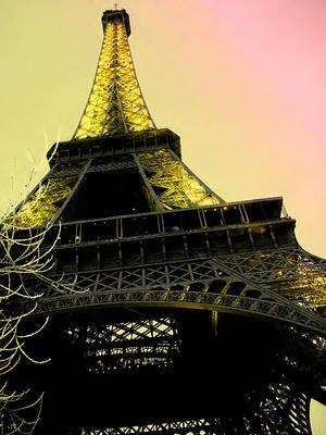 Eiffel Tower II by MrsClarify