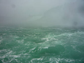 Niagara Falls 12 by raindroppe