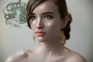 Mannequin gaze by Turning2stone
