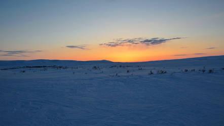 Sunset - Komagvaer II by nordfold