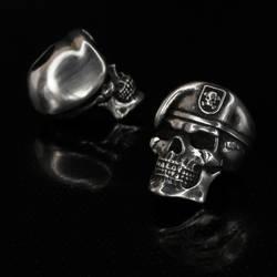 Sterling Silver Delta bead by GageCustomKnives