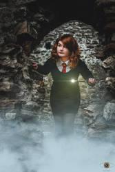Gryffindor Student in the Mist - Lianna Cosplay by SuperStudio8