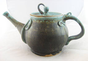 Vine Teapot by JesIdres