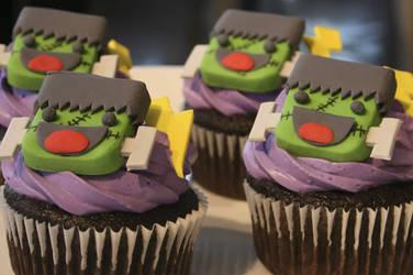 Frankie Cupcakes by Saiyuki08