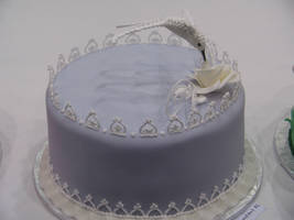 Humming Bird Lace Cake by The-EvIl-Plankton