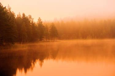 Misty morning by KariLiimatainen