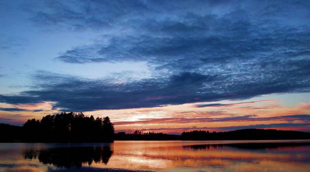 Summer night .. by KariLiimatainen