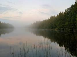 Fog on the lake.. by KariLiimatainen