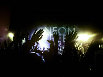 Neon Trees by AsBsCs