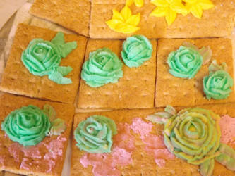 buttercream frosting roses by yellowribonsky