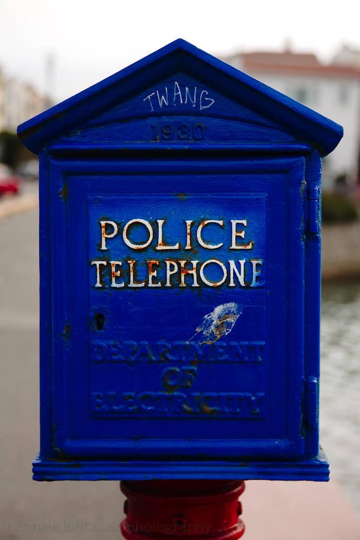 police telephone by raido-ehwaz